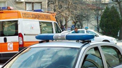 Охраняват с пистолети лекари от Спешна помощ
