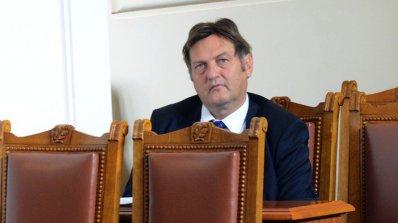 Иван Данов: Сигналите за спиране на евросредства мобилизират правителството