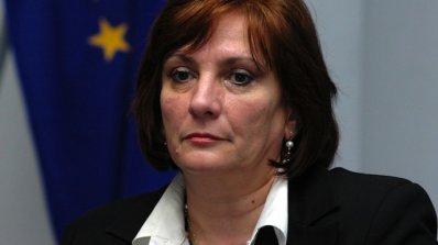 """Михайлова: Ако плащанията по """"Околна среда"""" не тръгнат е заплашен бюджетът"""