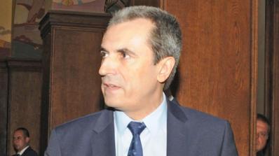 Орешарски става хаджия на 20 май