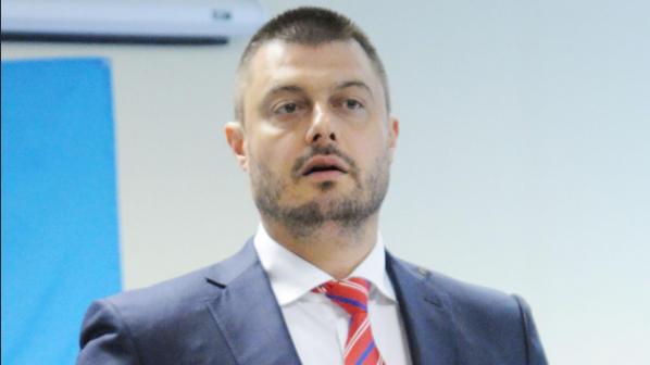 Бареков: Чуколов е наркоман, бих управлявал с БСП (видео)