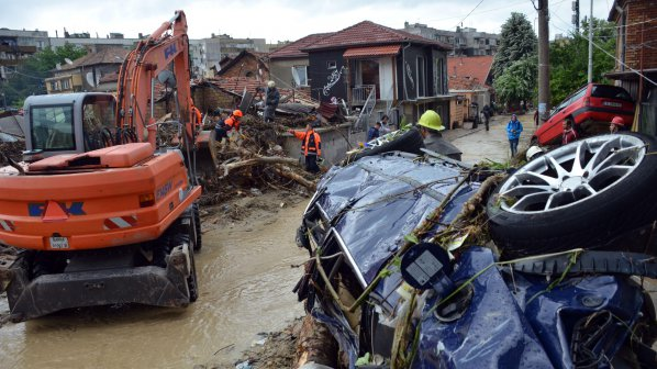 В Македония: Да побързаме с помощта за България!