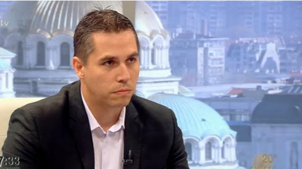 Ангел Славчев: Бареков е изключителен манипулатор! Виновен съм, че го легитимирах