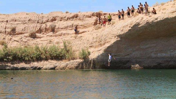 Мистериозно езеро се появи в пустинята в Тунис