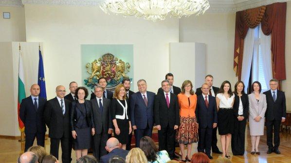 Проф. Георги Близнашки служебен премиер, вижте състава на кабинета (видео+галерия)
