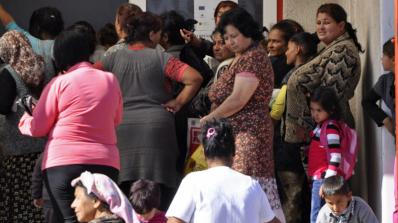 Цигани се учат на здравословно хранене в Ловешко