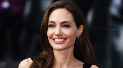 Вижте най-сексапилните роли на Анджелина Джоли