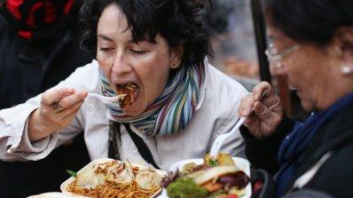 Ядем повече, когато сме с дебел човек