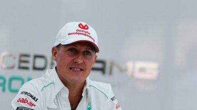 Михаел Шумахер се възстановява до 3 години