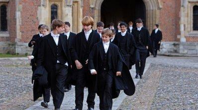 Лекари и адвокати изпращат децата си в чужбина