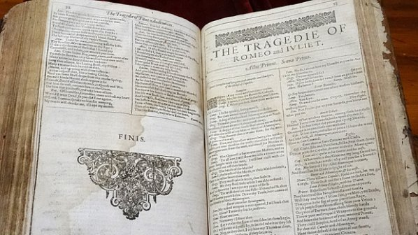 Откриха рядък сборник на Шекспир в малък френски град