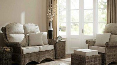Естествени мебели от ратан за дневната