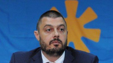 Бареков поиска от ЕП помощ за пострадалите при наводненията у нас