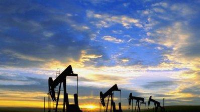 Цената на петрола падна под 60 долара