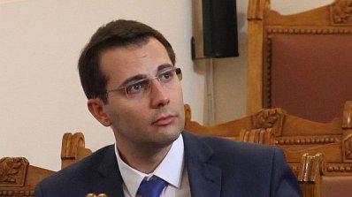 Извинение или съд за Радан Кънев, заплаши депутат от ДПС