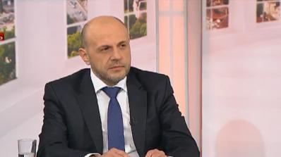 Дончев: Журналистите страдат от хипохондрия