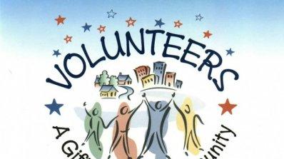 Доброволци от четири държави организират безплатни уроци в Ловеч