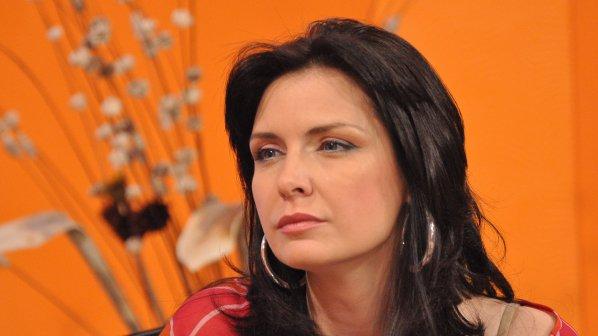 Жени Калканджиева: Още не знам кой ме поръча