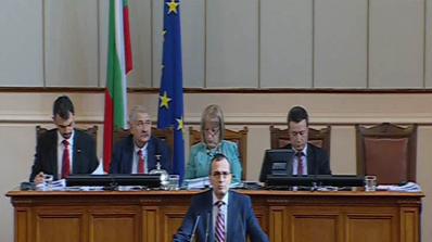 Мартин Димитров: Колегите вляво си приказват каквото си искат (видео)