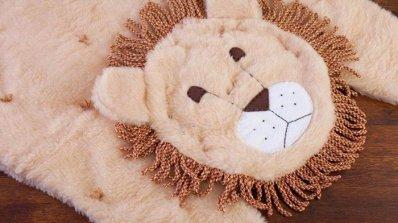 Направете си сами килим във формата на лъвче