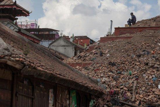19 българи в района на труса в Непал, 3-ма в неизвестност (видео)