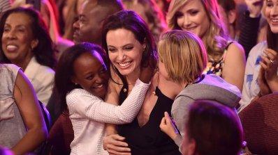 Анджелина Джоли стана на 40