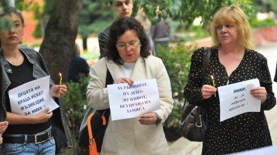 Майката на убития Ники от Враца: Адвокатите на подсъдимите пледираха, че детето ми не се е мъчило, д