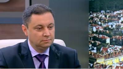Янев: КТБ е била черна каса на политически групировки