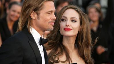 Брад и Анджелина се развеждат заради изневяра!