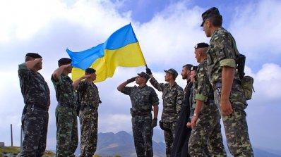 САЩ обмислят да започнат да обучават украински военни през есента