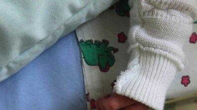 Зверски пребитият 3-годишен Христо излезе от кома, карал майка му да му пее