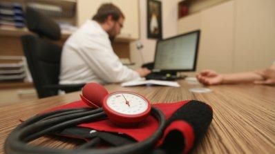 Работодатели намаляват работното време заради жегите