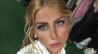 Венета Харизанова заприлича на порцеланова кукла