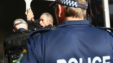 Стрелбата пред управлението в Сидни е тероризъм