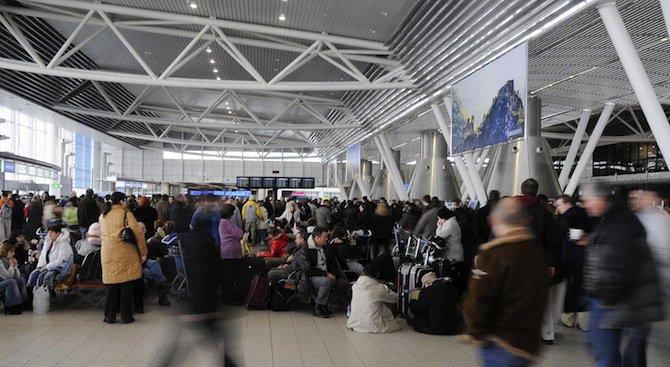 2,5 милиона българи работят в чужбина - повече, отколкото в България