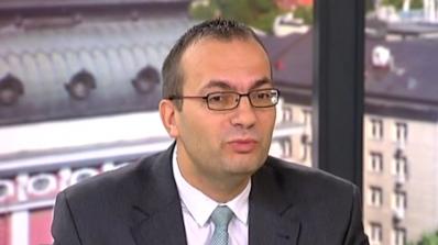 Димитров: Заплатата на финансовия министър е по-ниска от тази на шефа на БНБ. Чия работа е по-отгово