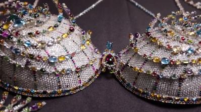 Victoria's Secret показа сутиен за 2 млн. долара (видео)
