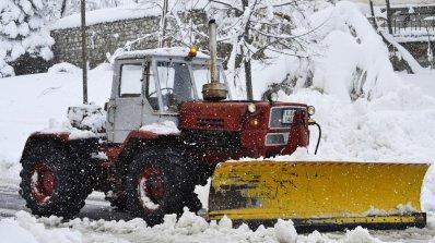 Лиляна Павлова и АПИ обещаха: Тази година зимата няма да ни изненада (видео)