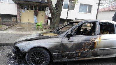 """Четири коли изгоряха в столичния квартал """"Младост"""""""