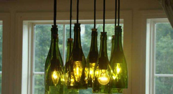 Как да превърнем празните бутилки в част от интериора на дома