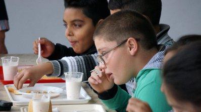 Установиха нарушения при храненето на децата и учениците