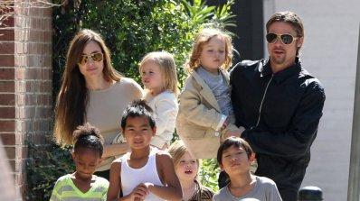 Джоли и Пит си осиновиха камбоджанче