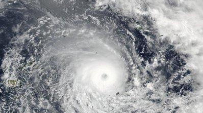 Мощен циклон удари Фиджи (видео)