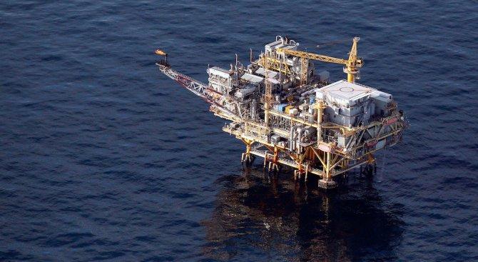 """Няма такова нещо като чист добив на петрол, категорични са от """"Грийнпийс"""""""