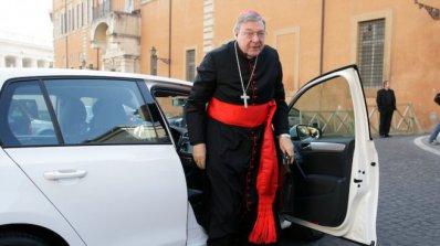 Кардинал Джордж Пел изключи възможността да подаде оставка