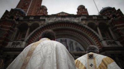 Нов скандал със свещеници педофили разтърси САЩ