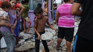 Роми атакуваха с тухли и камъни екип на телевизия СКАТ