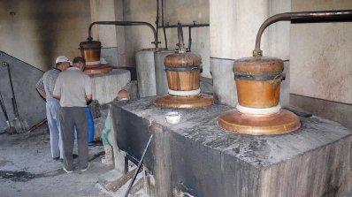 Казанджии декларират по 2 литра на месец и лъжат държавата