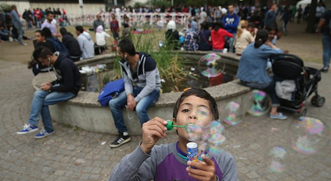 Европа е изгубила следите на 10 хил. деца бежанци