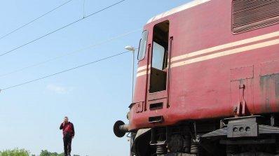 Пожар горя в локомотива на пътнически влак от Горна Оряховица за Шумен